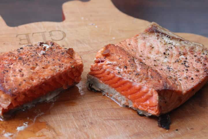 Salmon fillet, crispy skin with juicy middle