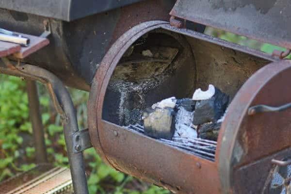 Barrel Smoker Side Firebox with mesquite hardwood