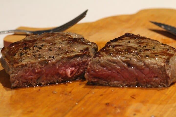 Rare steak cooked to 122 degrees Fahrenheit