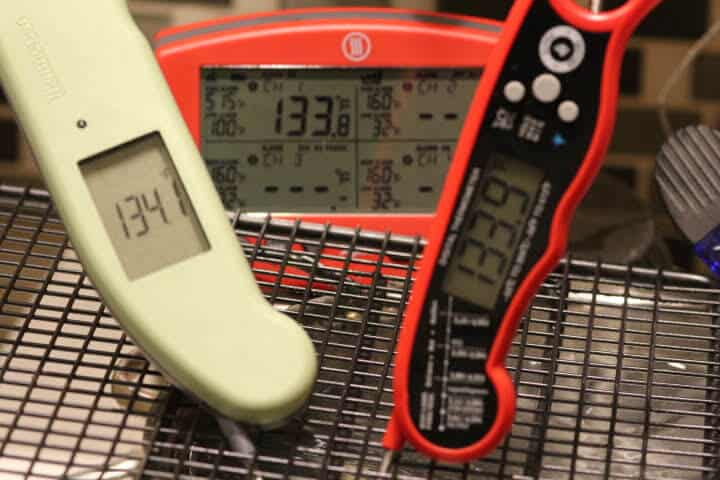 Comparing the Alpha Grillers Instant Read Thermometer to the Thermapen MK4 and the Thermoworks Signals in a 135 degree Fahrenheit waterbath