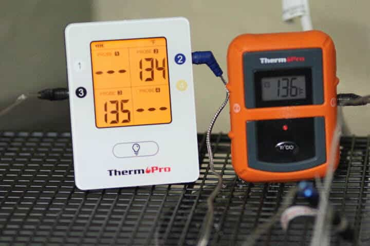 Displaying the ThermoPro TP25's backlight screen versus the TP-20's screen