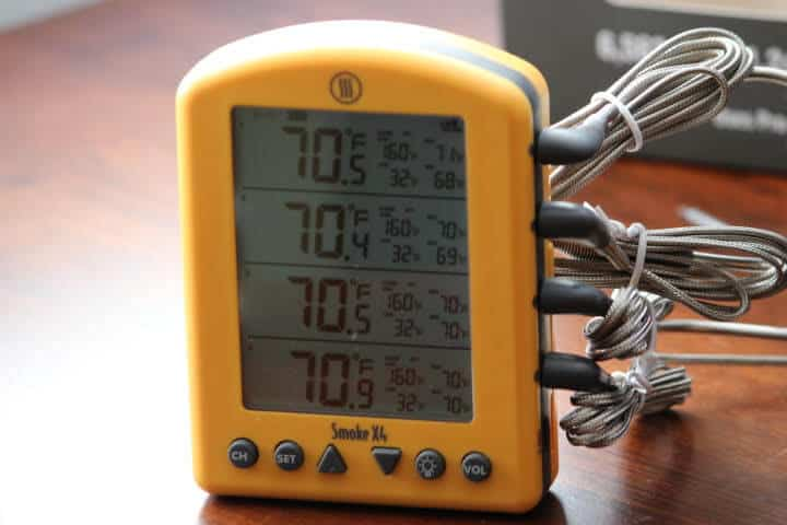 The Thermoworks Smoke X4 reading 70 degrees Fahrenheit on its display