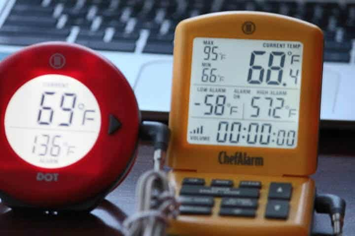 Comparing the screen brightness of the Thermoworks ChefAlarm (on right) versus the Thermoworks DOT
