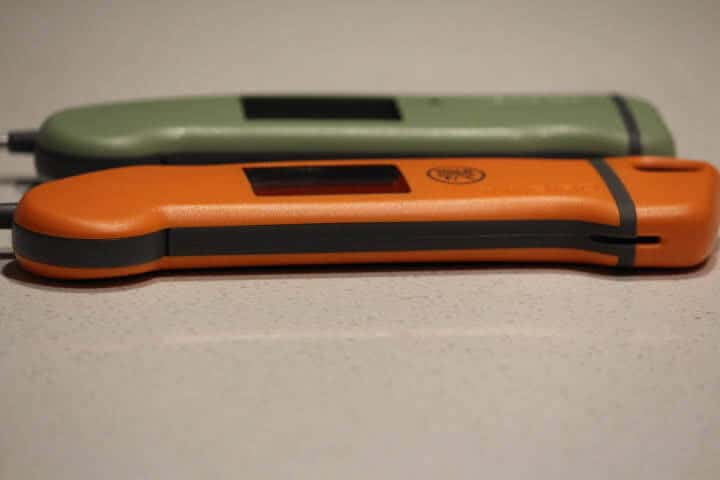 Inkbird IHT-1S and Thermapen MK4 meat thermometers side-by-side