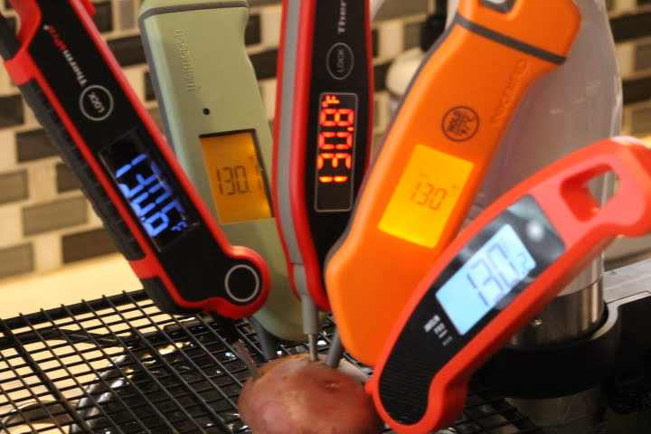 Testing the accuracy of ThermoPro TP620, Thermoworks Thermapen MK4. ThermoPro TP19, Inkbird IHT-1S, and Javelin PRO Duo meat thermometers in a 130 degree sous vide water bath
