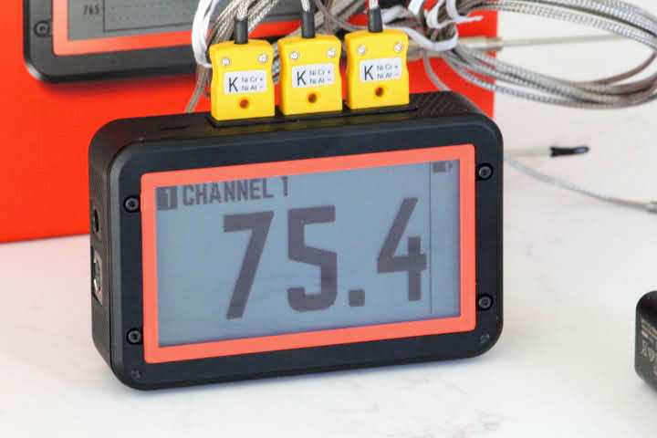 FireBoard 2 Pro Thermometer displaying a temperature of 75.4 degrees Fahrenheit